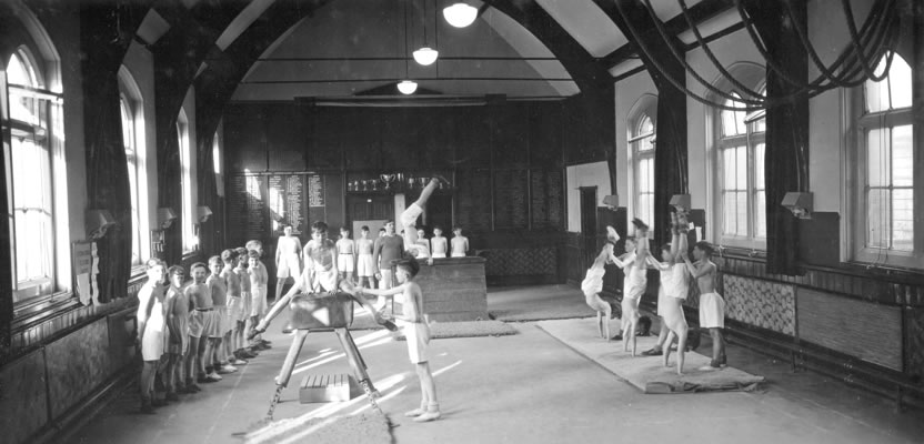 Burton Grammar School 187 1950s Assembly Hall